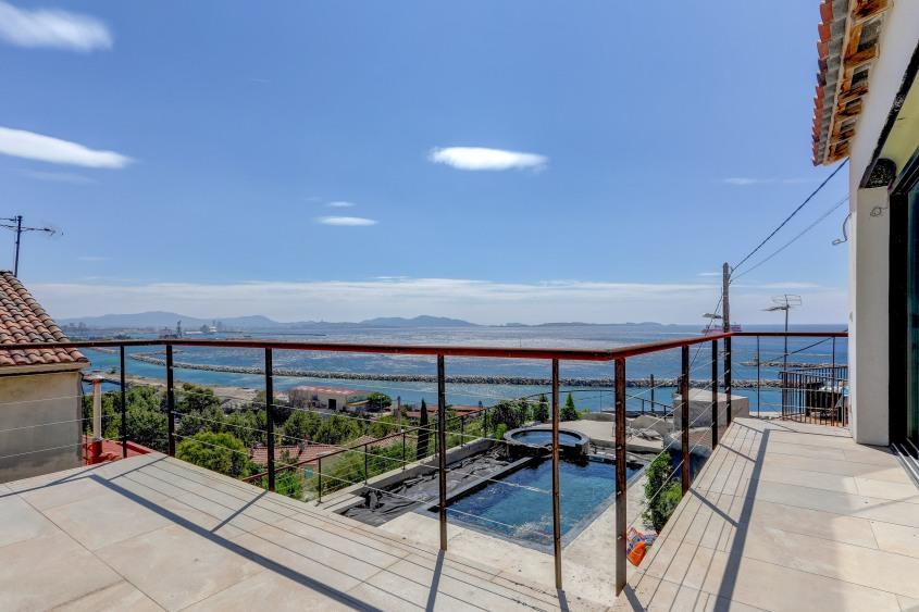 ma-terrasse-a-marseille-maison-piscine-vue-mer-13006-21